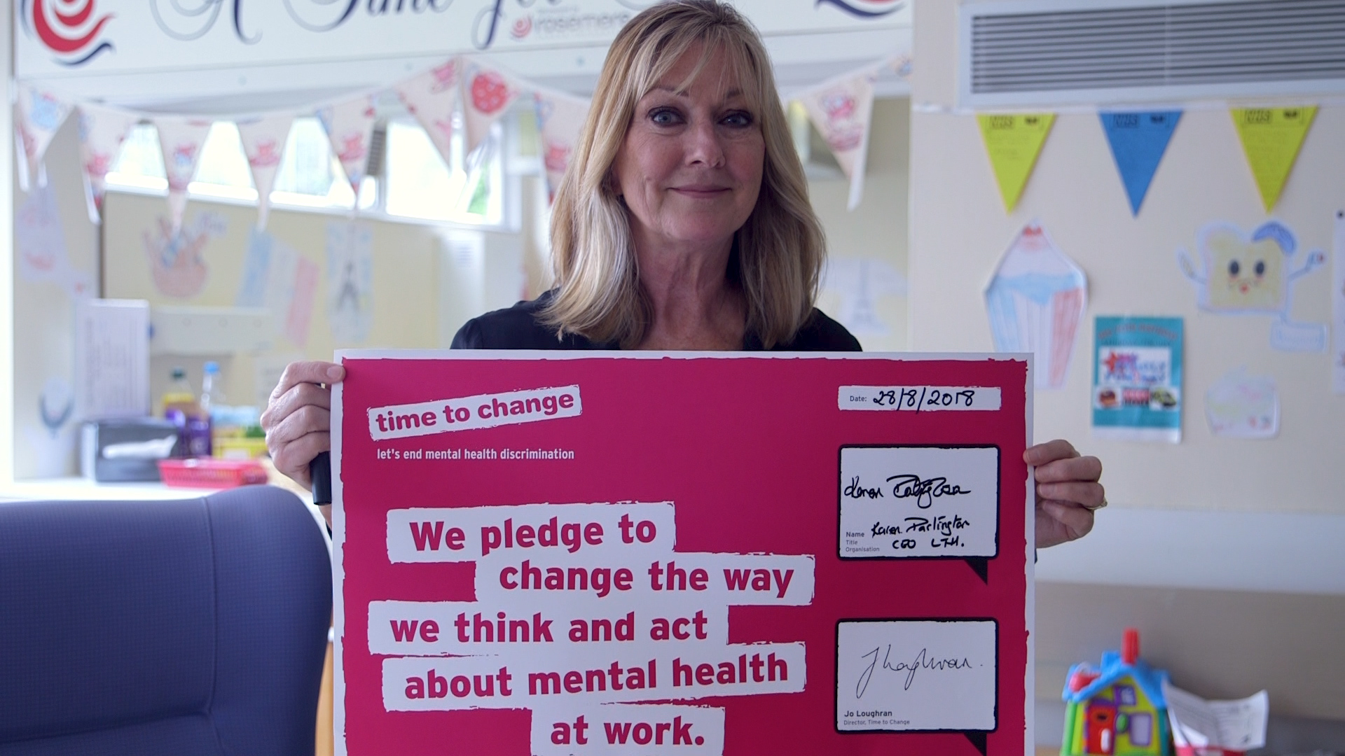Chief Executive with pledge